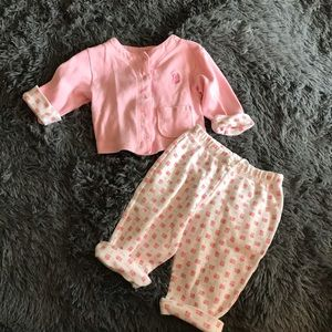 5/$25 CHEROKEE sweater and pants set w/puppies